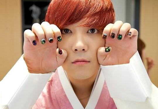 Korean celebrity inspired wants nail art my rara pop hongki nails pink prinsesfo Gallery