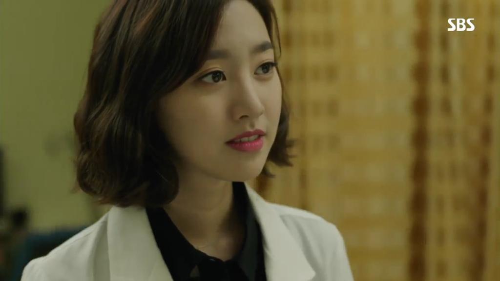 Znalezione obrazy dla zapytania doctor stranger jae hee