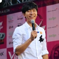 Post on DramaFever: Meeting Lee Seung Gi at KCON